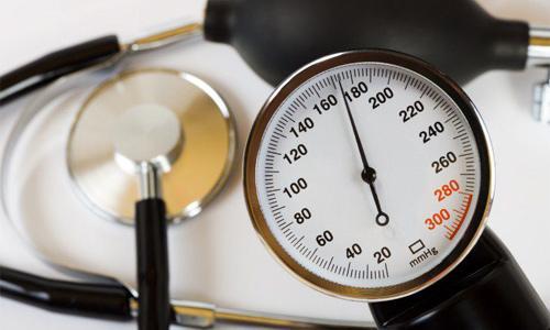 повышение артериального давления в пределах 160 единиц показателя тонометра при гипертонии 2 степени