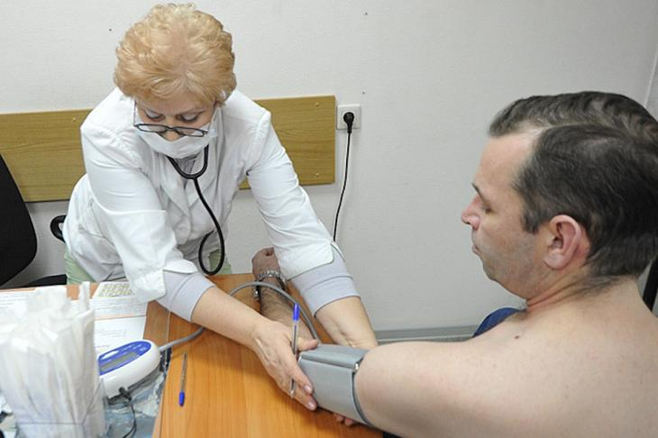 Когда нужно лечение врача при АД 140 на 80