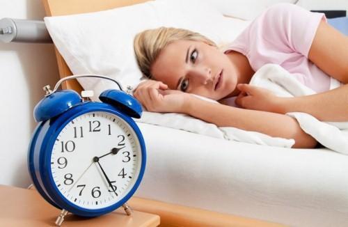 При гипертонии начинает ухудшаться сон