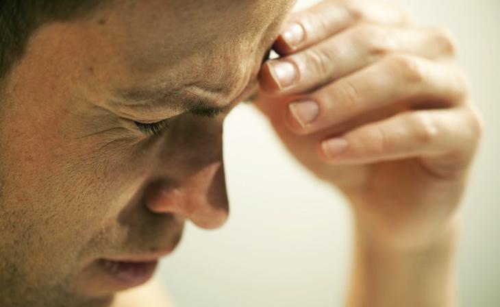 Симптомы при внутричерепном давлении у взрослых медикаментозное