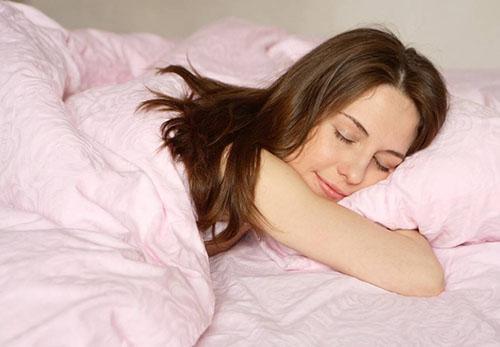 Стараться ложиться спать в одинаковое время, до 23:00