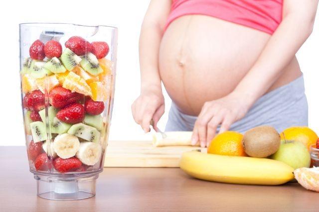 При гипотонии беременной женщине лучше кушать дробно