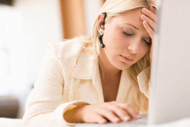 Слабость в теле и усталость (вне зависимости от физической нагрузки);